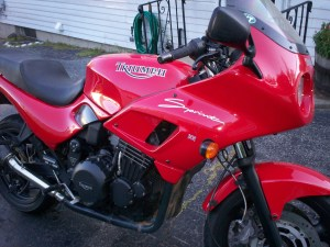 I miss my bike... (color combo is red and black)